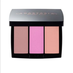 Anastasia Beverly Hills Makeup - Anastasia Beverly Hills Blush Trio in Pool Party